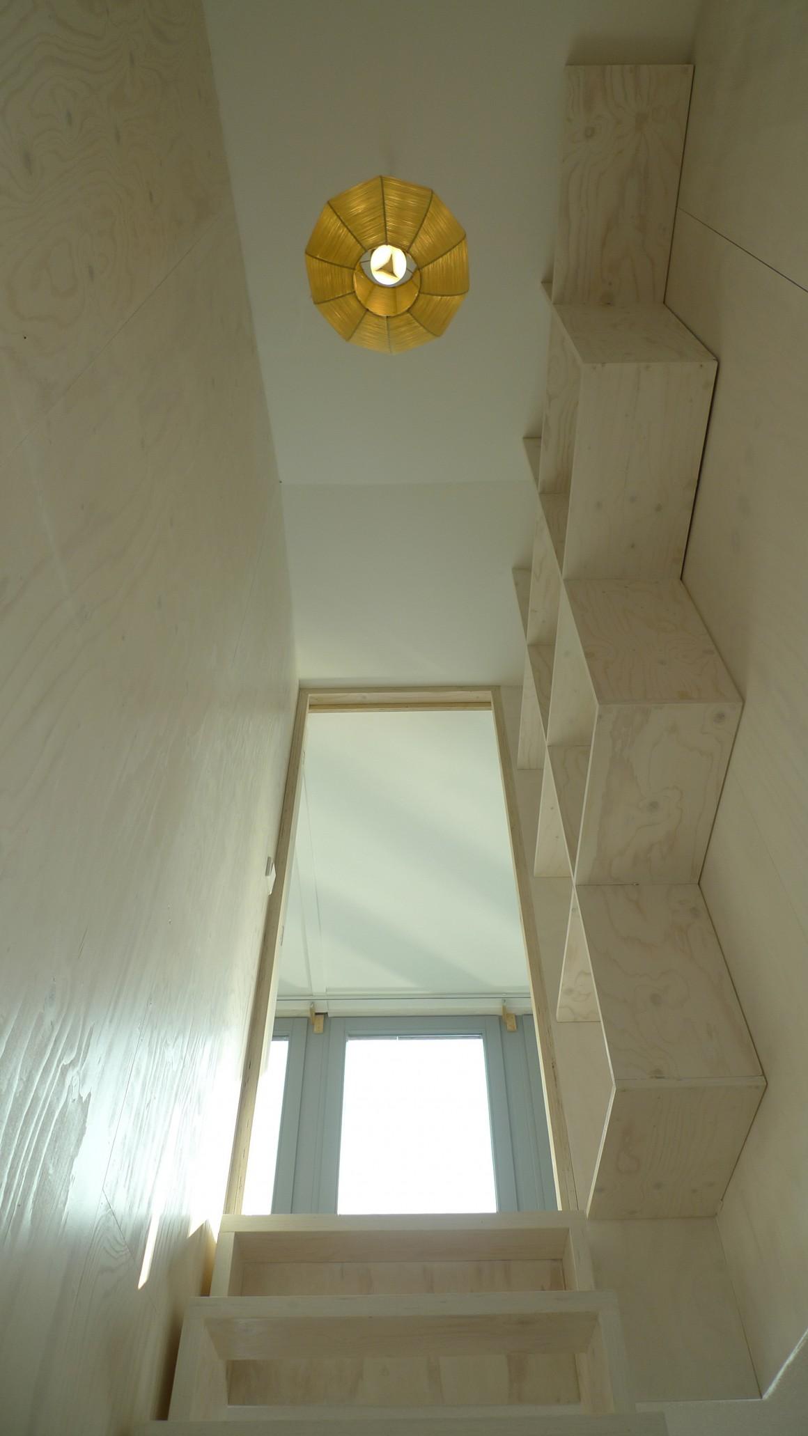 trap van beneden